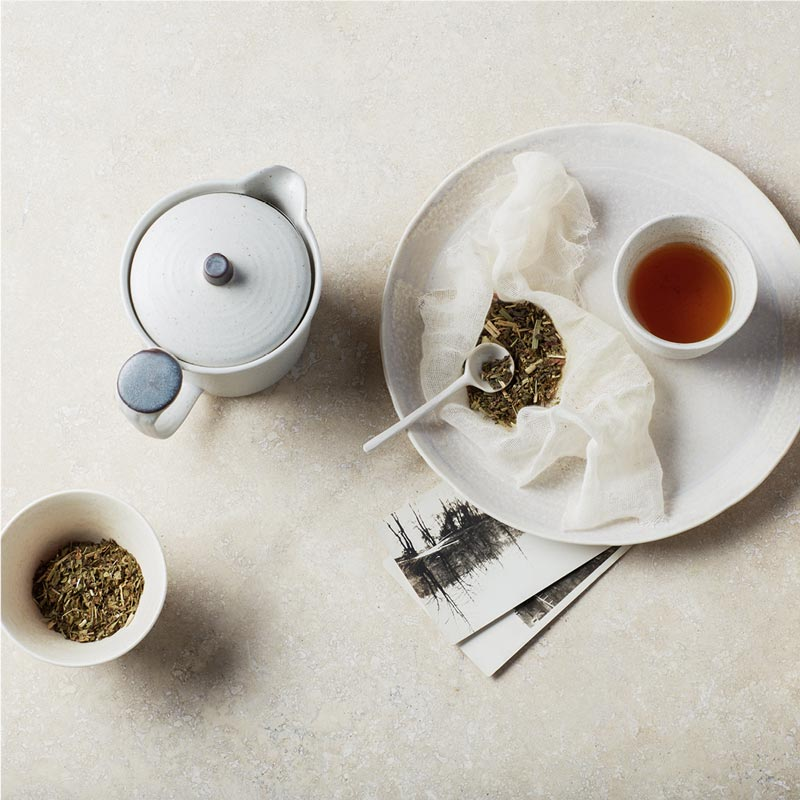 loose leaf tea with plate
