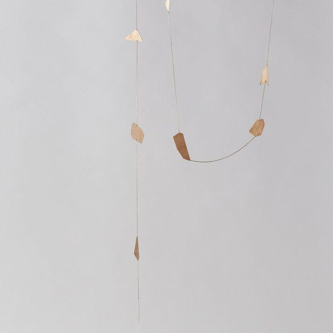 8 Piece Brass Spirit Chain Wall Hanging