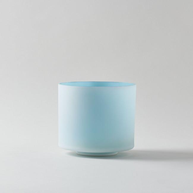 Frosted with Ocean Gold Interior Crystal Singing Bowl F-45 (Binaural with Frankincense)