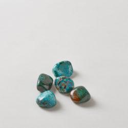 5 chrysocolla stones